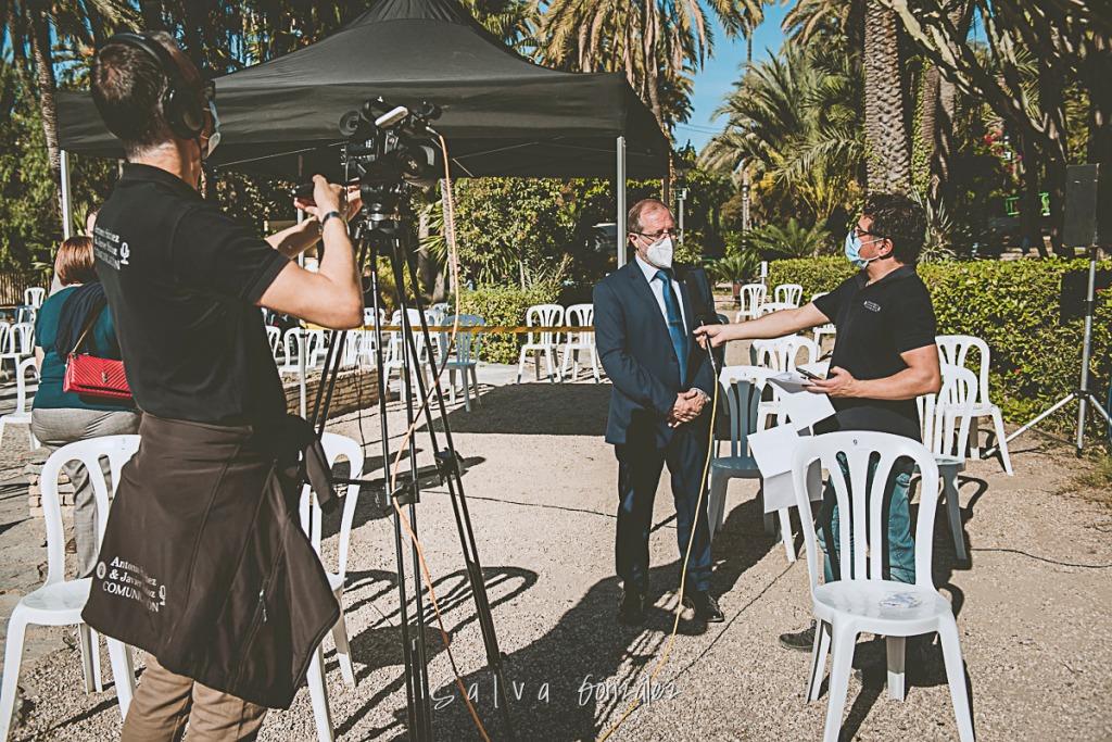 Entrevistando a Julián Fernández